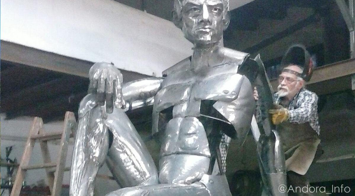 escultor-miguel-angel-gonzalez-gonzalez