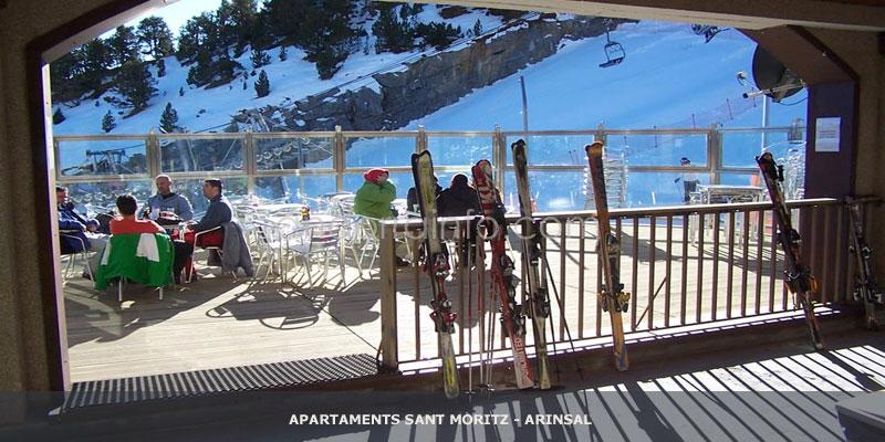 bar-apartamentos-sant-moritz-arinsal
