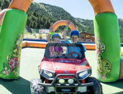family-park-canillo-cars-nens-2