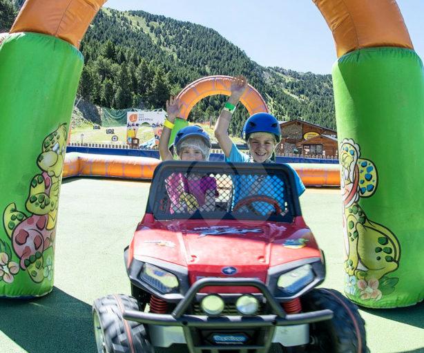 family-park-canillo-cars-nens-2
