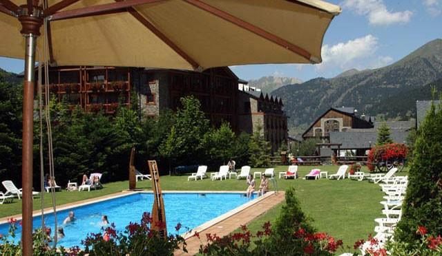 Piscina exterior Sport Hotels