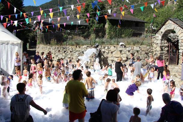 Fiesta-Espuma-Santa-Coloma