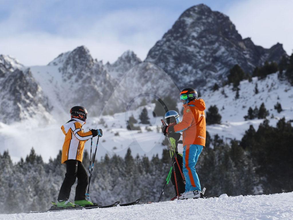 particular-esqui-10